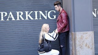 KISSING PRANK: РАЗВЕЛ ДЕВУШКУ НА МИНET!
