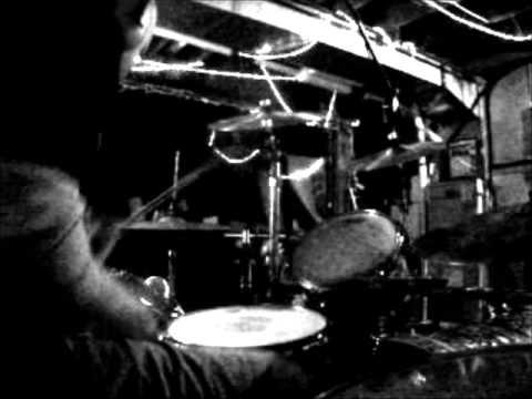 Drums to Marvin Gaye loop using Glyn Johns recording method