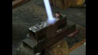 Припой для пайки меди со сталью. Castolin 157(Короткий ролик по пайке меди со сталью оловянно-серебрянным припоем Castolin 157 с пастой Castolin 157 NC., 2014-02-04T20:22:07.000Z)