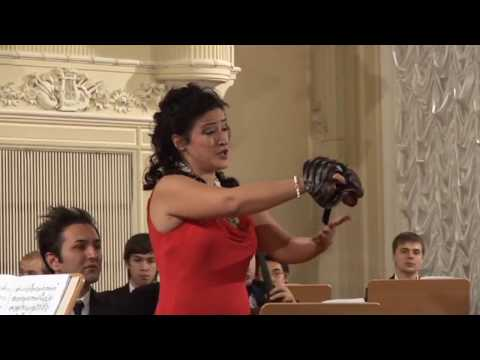 STRAVINSKY   Pulcinella complete   Marco Pace   St Petersburg Conservatory Chamber Orchestra