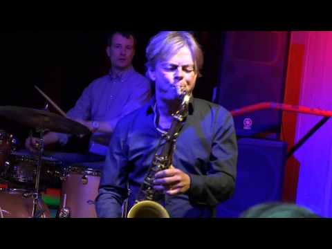 Wim Wollner (ts) plays