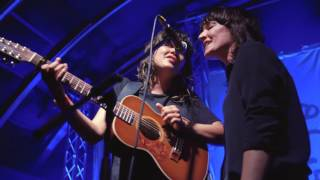 Jen Cloher and Courtney Barnett - Shady Grove
