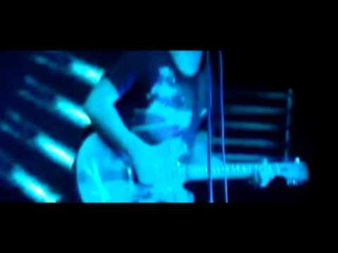 blink-182:-carousel-(live-edit-2009)