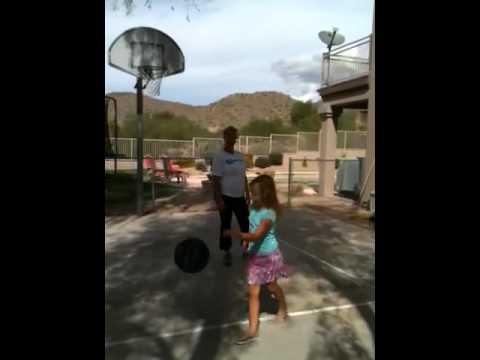 Ashley Ryan basketball