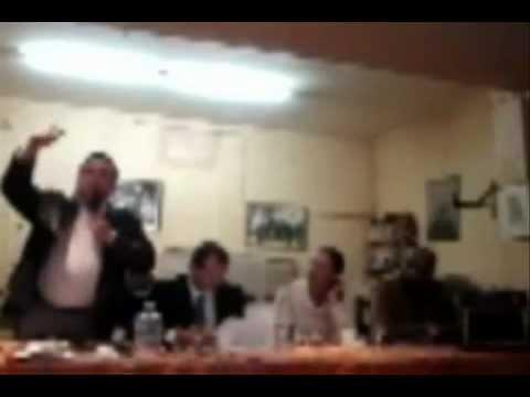 Marine LePen Profitons de la détresse des gens pour gagner les elections