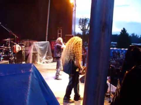 """Voivod """"Brainscan"""" @ Woodstock en Beauce 3/7/2009"""