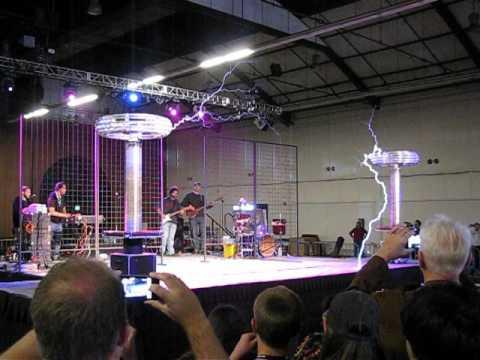 Plasma Speaker + Band
