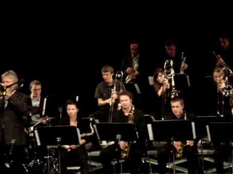 Jiggs Whigham + Big Band Musikhochschule Trossinge...