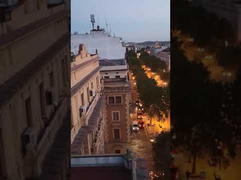 Un indigente se cuela en el edificio de CCOO y tira expedientes por la ventana