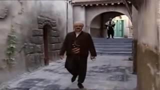 العكيد  ابو شهاب عم يغني هذا انا - انا العكيد - انا الزعيم - من اخطاء و عثرات باب الحارة