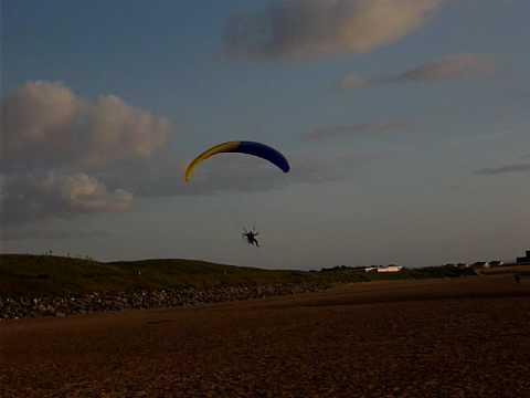 wirral paramotoring crap landing