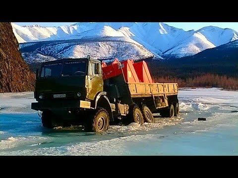 Труднопроходимые дороги Грузовики на бездорожье техника на зимнике и конец зимника 2