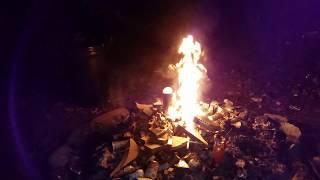 Daily vlog ! Axe Body Spray in fire explodes