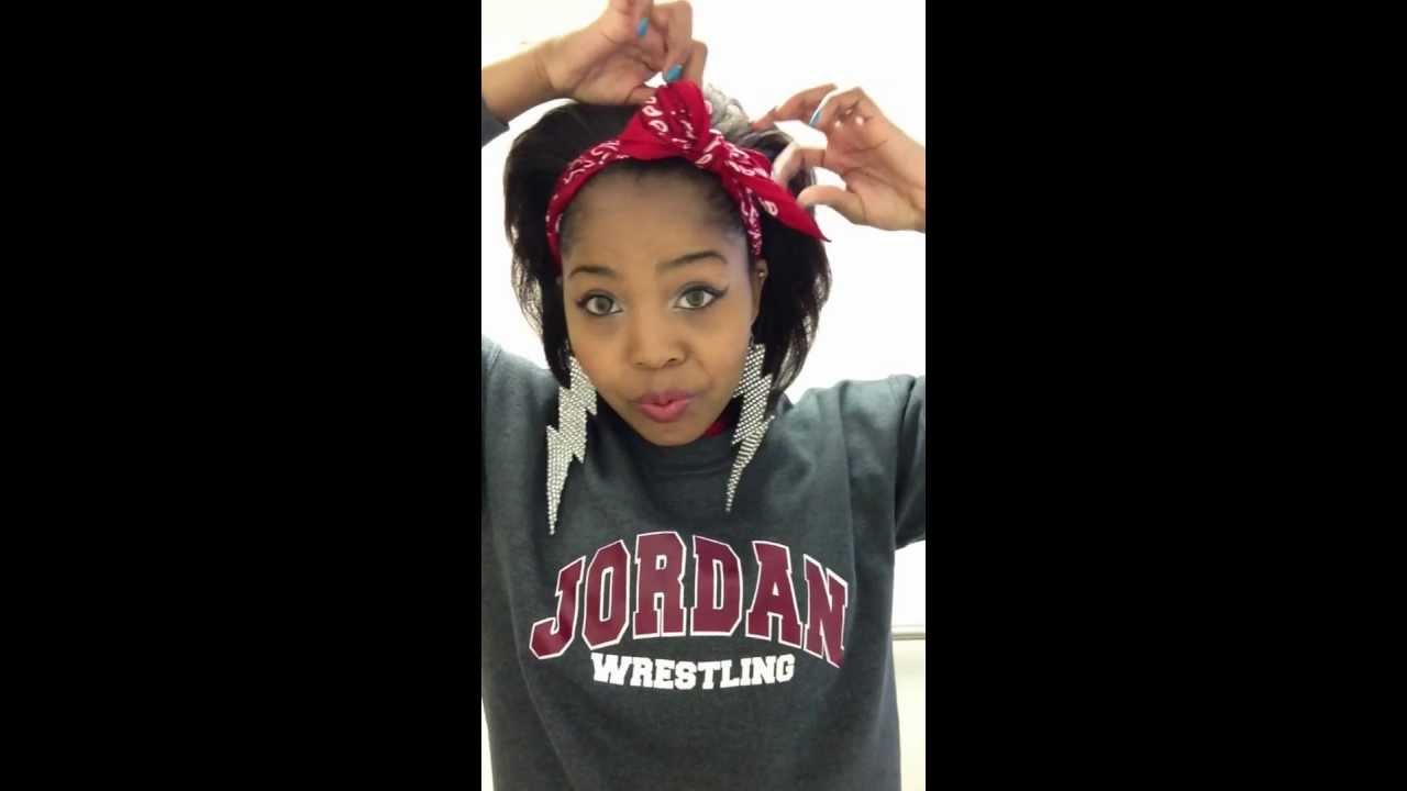 How To Tie A Bandana Bow Youtube