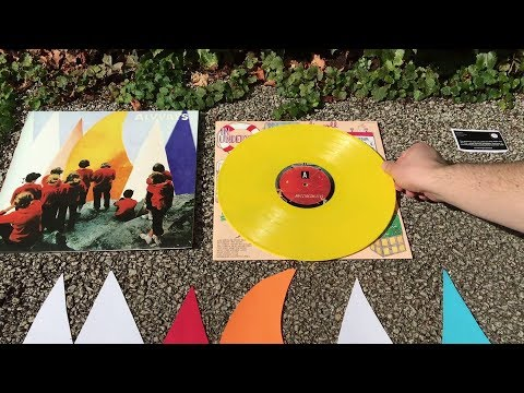 Alvvays - Antisocialites [OFFICIAL UNBOXING VIDEO]