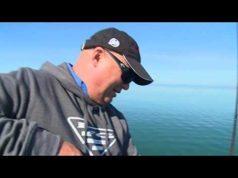 Real Fishing Show - Early Season Bladebaits And Lakers - Bob Izumi
