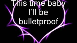 Repeat youtube video Bulletproof - La Roux