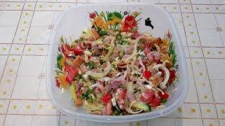Готовим сами, Куриный салат с помидорами и огурцами