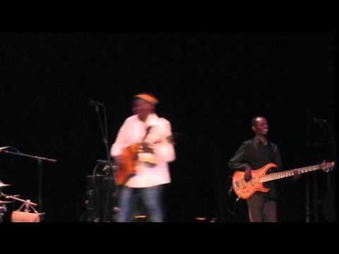 Oliver Mtukudzi -Ann Arbor Hill Auditorium 17 April 2015