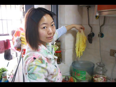 第二十九天 泡菜腌制好了 今天吃鸡胸肉炒泡菜 鸡蛋煎饼