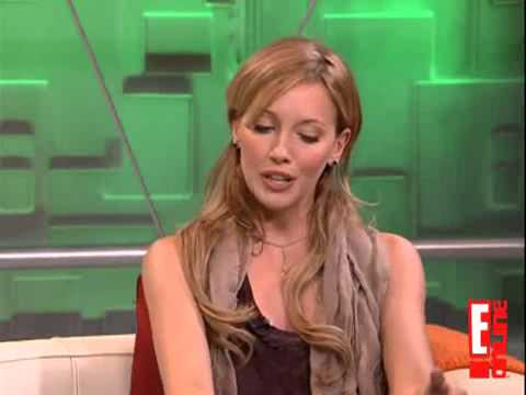 Interview - Katie Cassidy on Daily10 Highlights (E!Online)