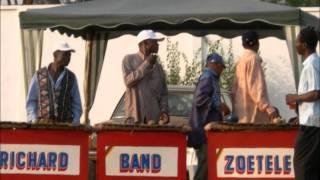 Richard Band de Zoetele - Moñ a mô, Moñ abum