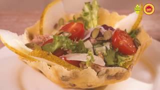 Салат з тунцем в сирній корзинці GRANA PADANO PDO