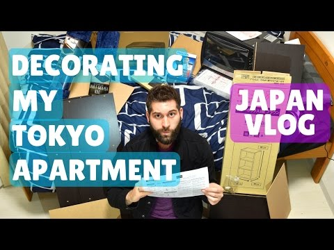 Decorating My Tokyo Apartment! Pizza Time!