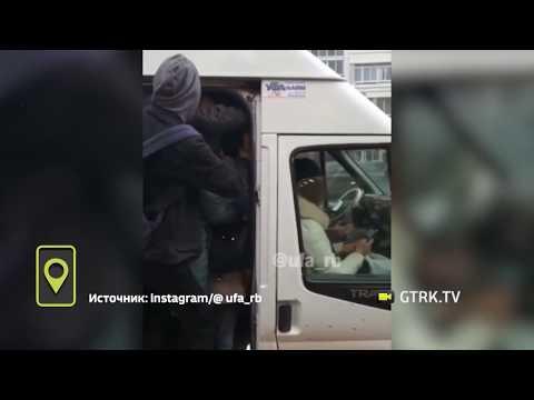«Мы не селедка»: жители села Зубово жалуются на страшную давку в автобусах