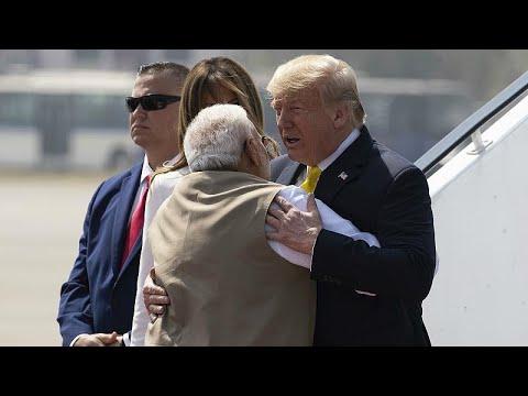 Трамп в Индии: визит ценой в 3 млрд долларов