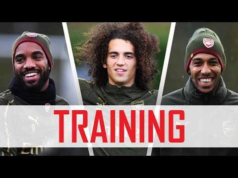NUTMEGS, SKILLS AND FINISHING DRILLS | Arsenal prepare for Premier League return
