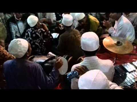 Hadroh Al-Mahabbah PP Walisongo KHR. moh Kholil As'ad Syamsul