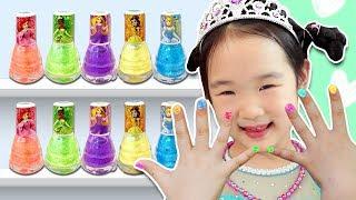디즈니 공주 매니큐어로 예쁘게 꾸며봐요~! Pretend play with Disney Princess nail art - 마슈토이 Mashu ToysReview