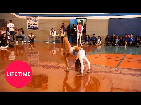Bring It!: Captains' Battle: Dancing Dolls vs. Black Ice (Season 4, Episode 9) | Lifetime