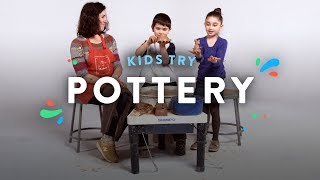 Baixar Kids Try Making Pottery with a Potter | Kids Meet | HiHo Kids