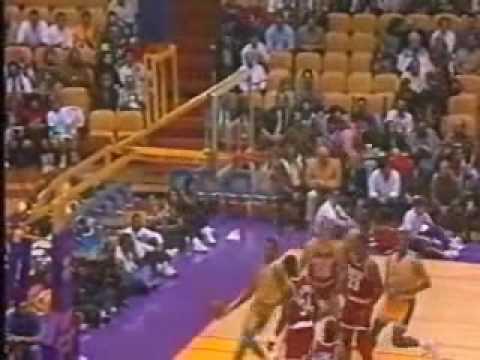 NBA - 1991/1992 season highlights [Warriors, Lakers] 4/ 5 - polish commentary