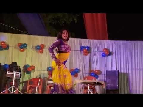 Jao Chahe Dilli Mumbai Agra Nahi Milega Aisa hot dance