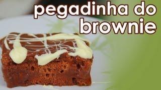 Como fazer brownie de chocolate (pegadinha da esponja) - How to make chocolate brownie cake