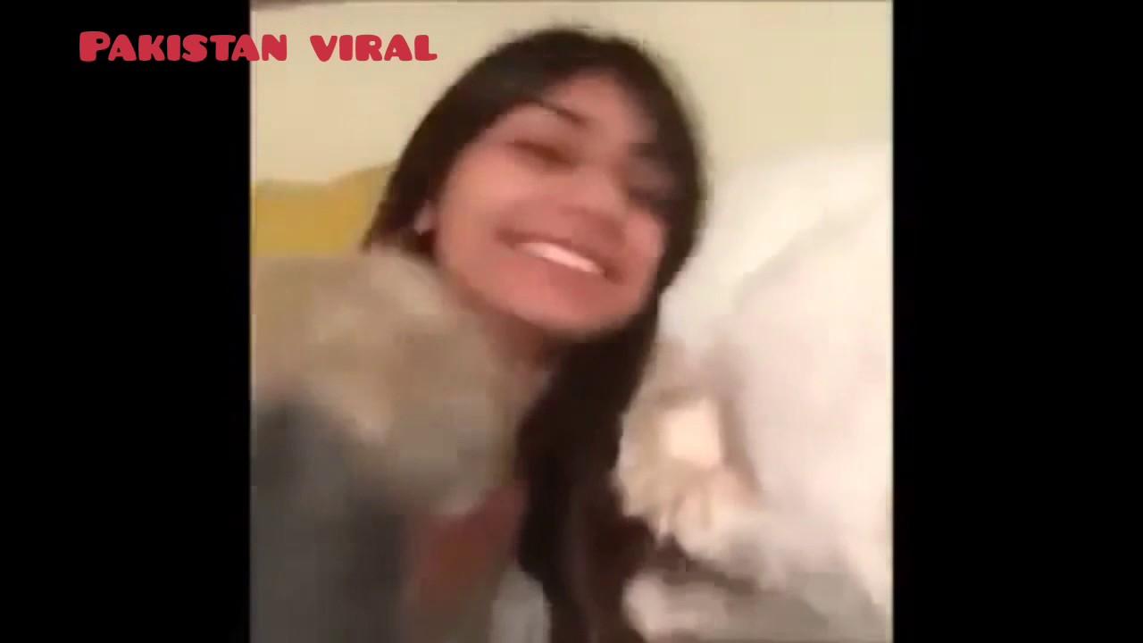 Mia Khalifa Vs Alexis Texas