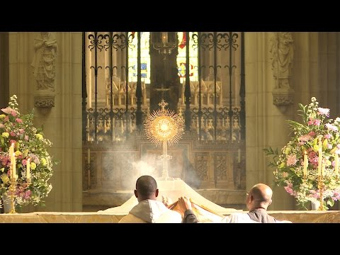 2016 Downside Abbey: Blessed Sacrament Procession. A Day With Mary