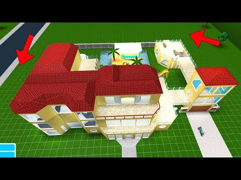 I Upgraded my Plot on Bloxburg! I have a ton of more room to build now! Roblox Stream