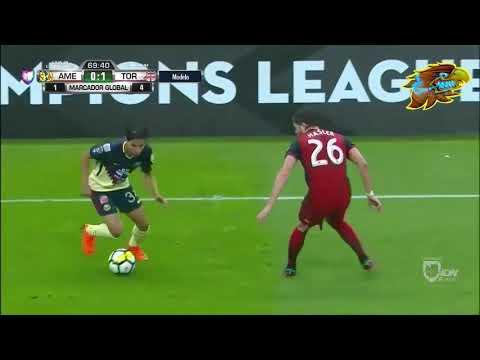 Actuación de Diego Lainez contra Toronto