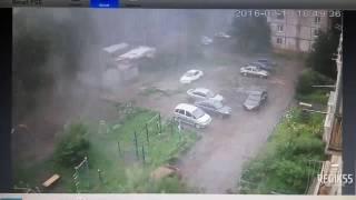 Сильный ураган в Омске 13.07.2016