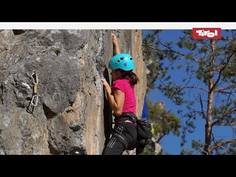 Klettergurt Kind Ab Wann : Klettern für kinder familien kind portal