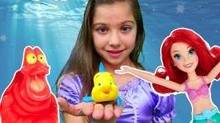 Видео для девочек - русалочка Ариэль спасает Флаундера