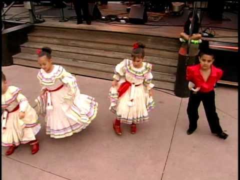 Baile Español Performs at Santa Fe Bandstand 2013