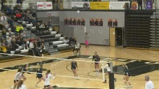 Regional volleyball final: Lowell vs. Hudsonville