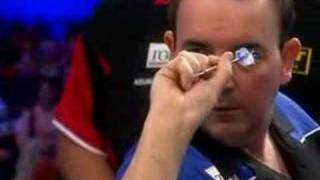 Phil Taylors fourth perfect game - another 9 Darter