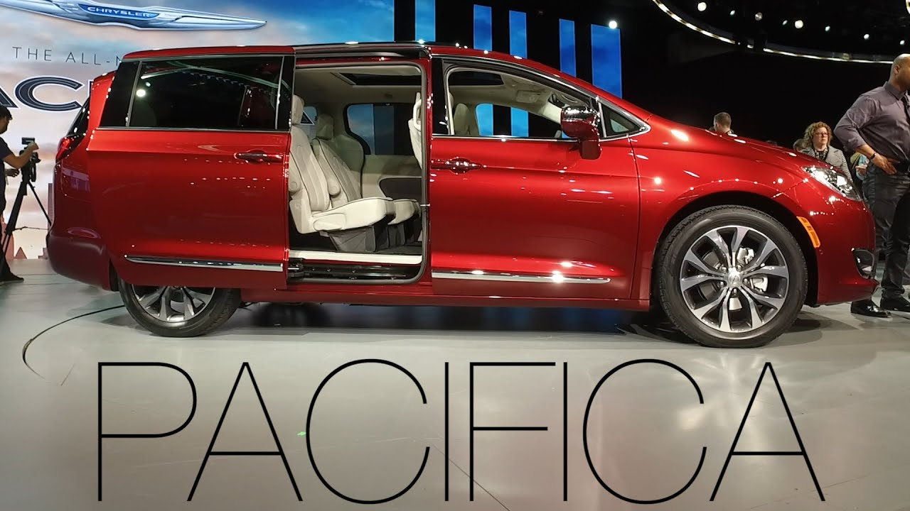 Chrysler Pacifica Attempts to Redefine Minivans | Consumer Reports ...