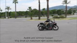 Yamaha R25 Maksimum Viraj Yatış Açısı 720P HD